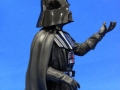 darth-vader-holiday-gentle-giant-05