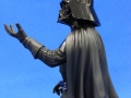 darth-vader-holiday-gentle-giant-07