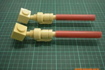 R2D2 Leg-Struts-02
