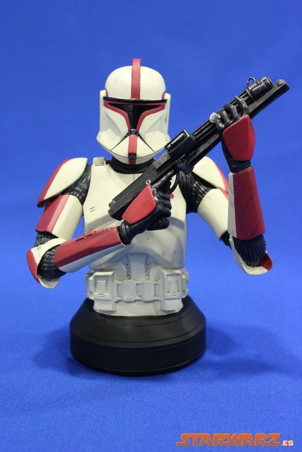 review gentle giant busto clone trooper capitan aotc